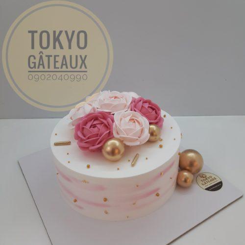Bánh sinh nhật dạ tiệc hồng hoa sz18